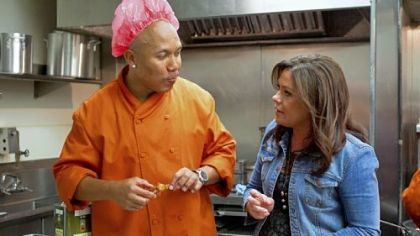 "Hines Ward will be on the Rachael Ray team when season 2 of the reality show ""Rachael vs. Guy: Celebrity Cook-Off"" premieres at 9 p.m. Sunday on the Food Network."