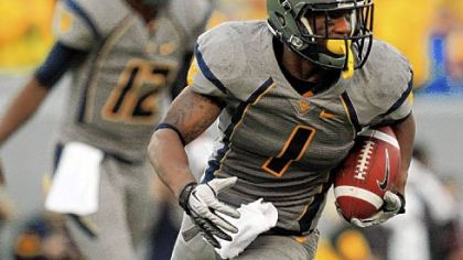 West Virginia's Tavon Austin displayed enough versatility this season as a running back, wide receiver and return man to win the Paul Hornung Award from the Louisville Sports Commission.