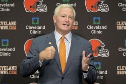 Browns owner Haslam sells stock in Steelers