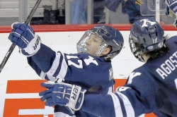 Yale's Miller named most outstanding player of Frozen Four