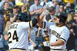 Ron Cook: McKenry has a blast for Pirates, actually two