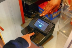 Carnegie Mellon students show fingerprints are the future of buying
