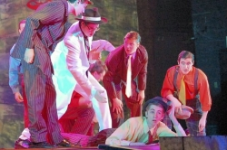 An appreciation: Huge Penn-Trafford troupe undertakes 'Guys and Dolls'