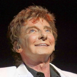 Concert review: Barry Manilow shows he still has it