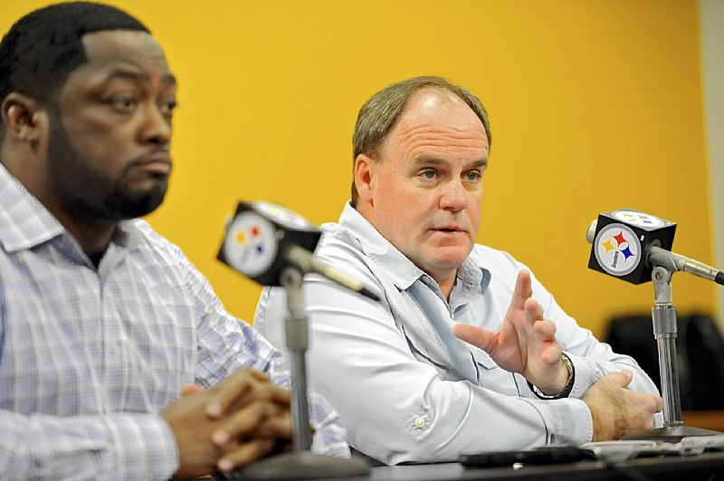 Kevin Colbert: Steelers unlikely to make a move before NFL draf…