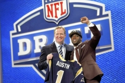 Rams snag WVU&#039;s Austin with eighth pick, but QB Smith tumbles