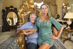 'Queen of Versailles' considers going back in front of cameras