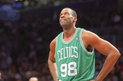 NBA player Jason Collins' coming out as gay praised