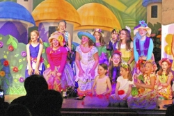 An appreciation: Eden Christian's 'Oz' engaging, energizing