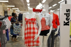 Department stores woo millennial customer