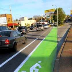 Pittsburgh tests green paint for Liberty Avenue bike lanes