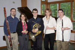 Tonight: The Aeolian Winds of Pittsburgh bring their music to Point Breeze