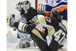 Ron Cook: Vokoun excels despite nerves