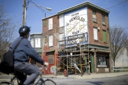 Painters brush new life into Philadelphia 'ghost signs'