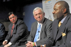 Pittsburgh Democratic mayoral candidates Wagner, Peduto battle over PNC aid in 2006