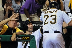 Snider's long homer helps Pirates overpower Brewers, 7-1