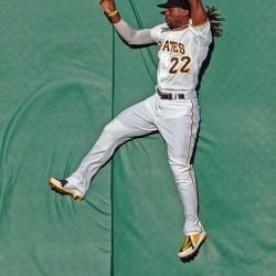 Pirates notebook: McCutchen sits out due to sore knee