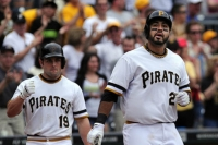 Locke, Alvarez lead Pirates to 1-0 win over Houston