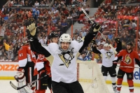 Penguins beat Senators, 7-3, to take 3-1 lead in series