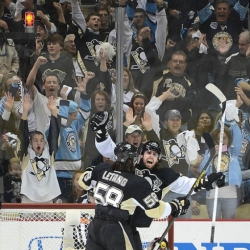 James Neal's hat trick leads Penguins to 6-2 victory