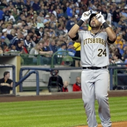 Locke locks down Brewers as Pirates win, 5-2