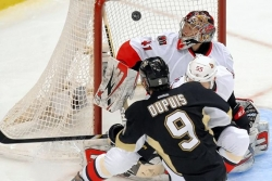 Cook: Penguins winger Dupuis best bargain in NHL