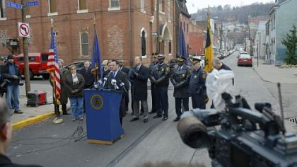 Mayor Luke Ravenstahl addresses a crowd at 16th and East Carson streets Tuesday during a news conference about public safety on the South Side.