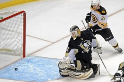 Rask silences Penguins in Game 1 win for Bruins