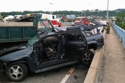 Two hurt in crash at McKees Rocks Bridge