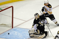 Fans try to see silver lining in Penguins' dark cloud