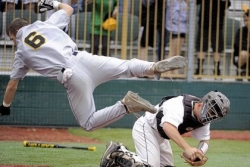 Dramatic leap helps North Allegheny win thriller in 10 innings