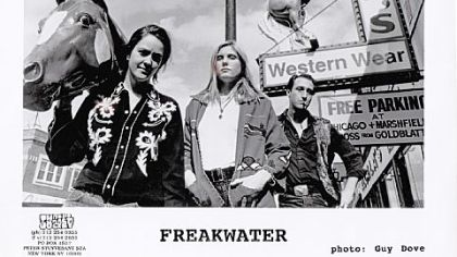 Freakwater in the '90s: Catherine Irwin, Janet Beveridge Bean and David Wayne Gay.