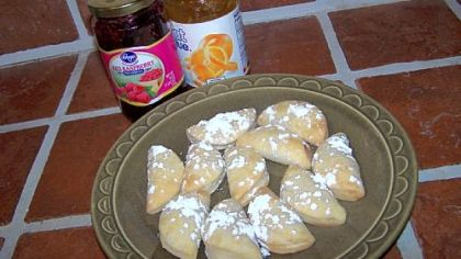 Orange Marmalade and Raspberry Jam Pochette Cookies.