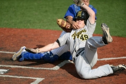 Walk-off homer ends North Allegheny's quest for title