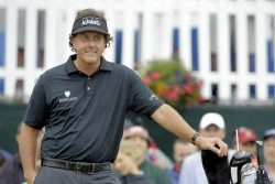 Family-first Phil Mickelson schools Merion