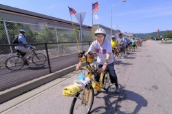 Riders hit trail as last link in Great Allegheny Passage opens