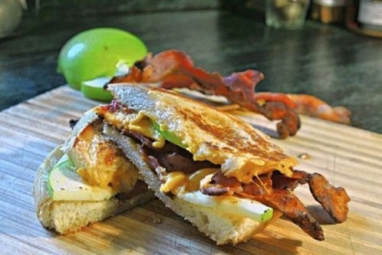 Apple Pie Bacon Grilled Cheese.