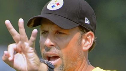 Pittsburgh Steelers offensive coordinator Todd Haley.