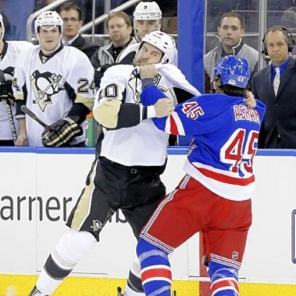 Tanner Glass vs. Arron Asham