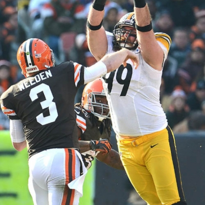 Brett Keisel pressures Browns quarterback Brian Hoyer in a game last season.
