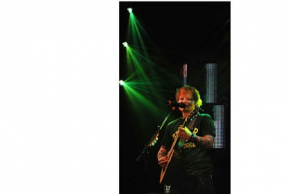Ed Sheeran, in Pittsburgh on Jan. 28, is essentially a folk singer who puts poetry to an acoustic guitar.