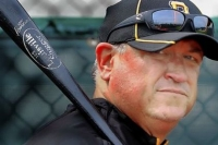 Pirates' Clint Hurdle named winner of NL Manager of the Year award