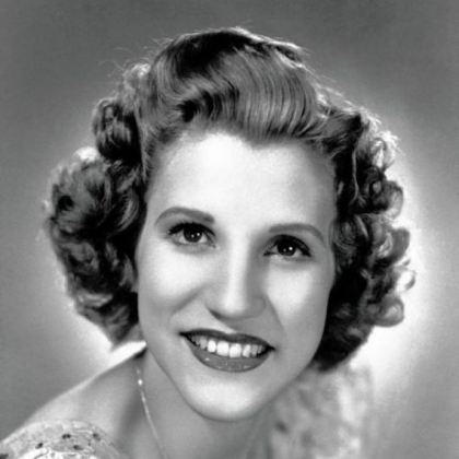 This 1942 file photo shows singer Patty Andrews, the last survivor of the three singing Andrews sisters, who has died in Los Angeles at age 94.
