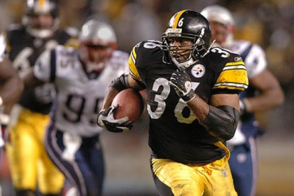 The Steelers' Jerome Bettis against the New England Patriots at Heinz Field in October 2004. He failed to make the Pro Football Hall of Fame Class of 2013, which was announced today in New Orleans.