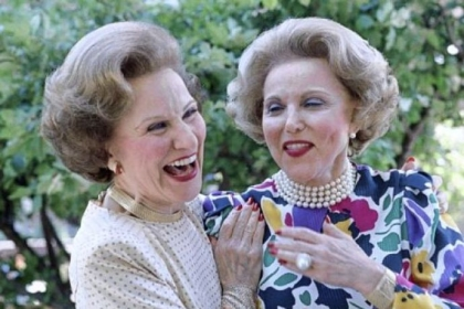 The recent death of advice columnist Abigail Van Buren, left, which followed her twin sister Ann Landers' death by 11 1/2 years, raises an age-old question: If twins are identical, with exactly the same genome and cells, why don't they die of the same disease at the same age?