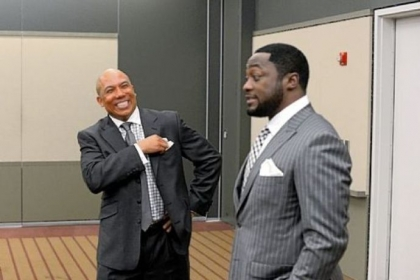 Former Steeler Hines Ward and Steelers coach Mike Tomlin share a laugh during the 77th annual Dapper Dan Dinner & Sports Auction.