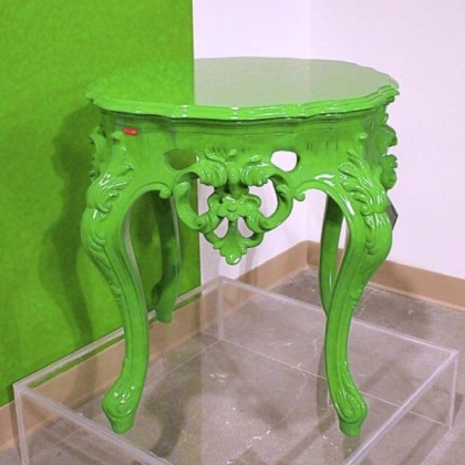 PolArt&#039;s baroque outdoor table looks good enough to use indoors in trendy green.