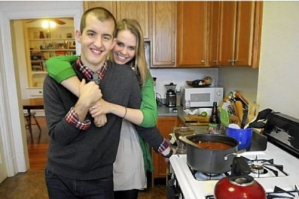 Will Groves and Kelsey Weisgerber make Will&#039;s vegetarian chili in the kitchen of Kelsey&#039;s Point Breeze apartment.