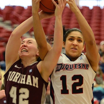 Duquesne's Jocelyn Floyd scored 14 points in the Dukes' 59-54 win against Richmond Sunday, their second in a row.