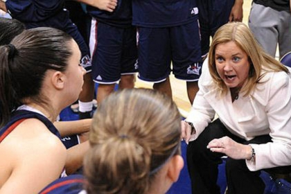 A key two-game stretch against conference foes Saint Joseph's and Dayton awaits the Duquesne women and coach Suzie McConnell-Serio.